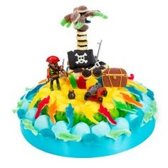 gateau de bonbon L'ile aux pirates en bonbons Pirate Birthday, Birthday Cake, Candy Bouquet, Fruit Art, Sweet Cakes, Pirates, Sweets, Homemade, Desserts