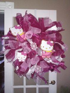 Hello Kitty wreath Tulle Wreath, Diy Wreath, Mesh Wreaths, Baby Wreaths, Wreath Ideas, Pink Christmas, Christmas Tree Ornaments, Christmas Crafts, Christmas Decorations