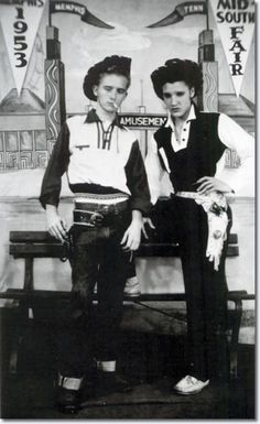Elvis Presley with his cousin, Gene in 1953