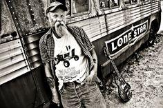 Facevinyl  SEASICK STEVE   #SeasickSteve #portrait #Musician  #CountryBlues #blues #bluesrock  #bluesmusic #bluesmusician #guitar #Facevinyl