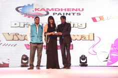 Bollywood celebrities get together once again for another award ceremony by Kamdhenu paints.