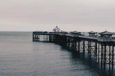 La jetée de Llandudno au Pays de Galles !   #llandudno #paysdegalles #wales #alainntours Station Balnéaire, Parc National, Beach, Water, Travel, Outdoor, Zip Lining, Wales, Wonderland