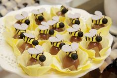 Bumble Bee Party from Brazil :: Sweet Customers | The TomKat Studio