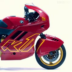 BMW K1