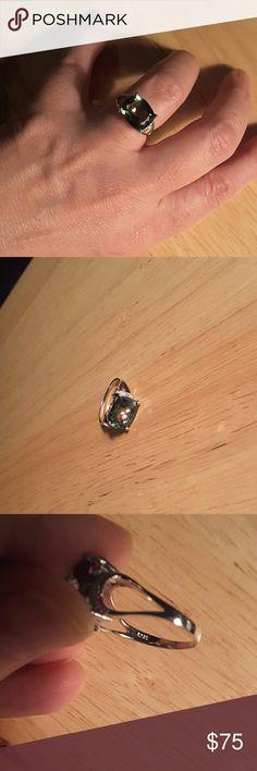 18kwgp/.925 SS  diamnd & green mystic topaz 18kwgp/.925 SS diamnd & green mystic topaz Ring size 7 Very large mystic topaz..3 karat maybe  NWOT Boutique Jewelry Rings