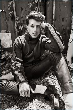 Trevor Signorino, Jesse Shannon und More Star bei L'Officiel Hommes Brasil Cover Shoot - Celebrity Charlie Puth, Cover Shoot, Star Wars, Ideal Man, Raining Men, American Singers, Record Producer, To My Future Husband, Shawn Mendes
