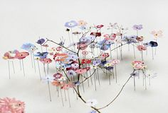 These Flower Constructions (press flowers + cut pictures) by Anne Ten Donkelaar are INCREDIBLE #art #flowers