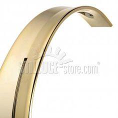 """Dopo il successo riscontrato con la misura più grande, la lampada a Led Taj viene proposta anche nella versione """"mini"""", in scala ridotta, più agile e pratica, nei nuovi colori oro e rame."""