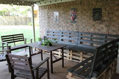 DIY Patio Furniture from Pallets. This is beautiful!
