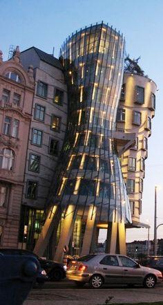 House of Danse, Prague. Unique Buildings, Interesting Buildings, Beautiful Buildings, Beautiful Places, Amazing Architecture, Architecture Details, Prague Architecture, Monuments, Great Places
