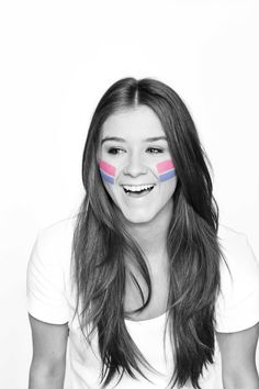 Brooke Vincent supporting Race for Life. She's so cute :)