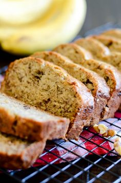 This banana bread is extra moist and extra delicious thanks to four whole bananas, brown sugar, and butter. Best Banana Bread, Banana Bread Recipes, Sin Gluten, Eating Bananas, Healthy Snacks For Diabetics, Dessert Recipes, Desserts, Breakfast Recipes, Sweet Bread