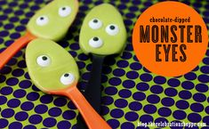 Chocolate Dipped Monster Eye Halloween spoons | Kim Byers, TheCelebrationShoppe.com ~ perfect for a cold Halloween night!