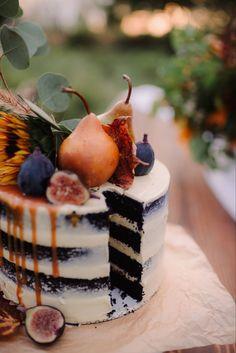 Fall Wedding Cakes, Wedding Cake Designs, Boho Wedding, Fruit Wedding Cake, Wedding Ring, Wedding Cheesecake, Wedding Desert, Purple Wedding, Floral Wedding