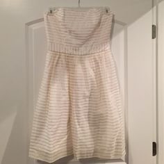 Lily Pulitzer white and gold dress! ADORABLE!!!!!!  Brand new! Never worn! Lilly Pulitzer Dresses Strapless