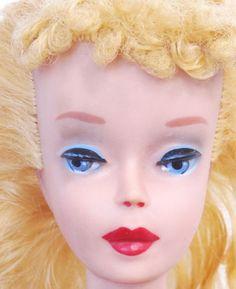 Amazing-Vintage-4-Blonde-Ponytail-Barbie-Doll-N-Mint