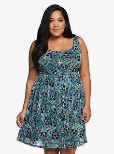 Plus Size Dresses for Women: Sexy & Trendy | Torrid