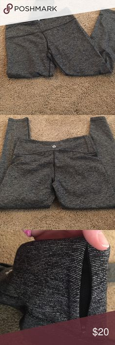 Grey leggings Grey large leggings/capris never worn, thought they would fit so I took the tags off but ended up being too big in the waist! tuff athletics Pants Leggings