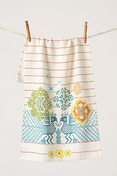 Mikado Dishtowel, Birds from Anthropologie $18, printed to give needlepoint effect