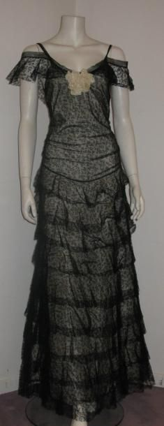 CHANEL   Evening Gown about 1935 (attributed to).