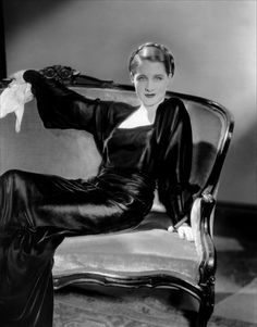 Norma Shearer......Uploaded By www.1stand2ndtimearound.etsy.com