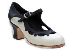 Flamenco Castanets | ... : Handmade Flamenco Shoes, Dresses, Skirts and Castanets from Spain