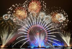 FIREWORKS~new years eve 2014 | New Years Eve 2014 in London - wahw33d