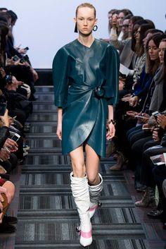 J.W. Anderson | Londres | Inverno 2016 - Vogue | Desfiles