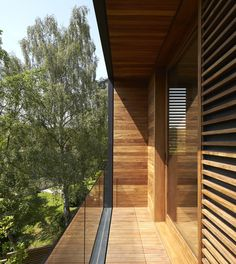 // Fitzroy Park House by Stanton Williams Architects. Photography by Edmund Sumner