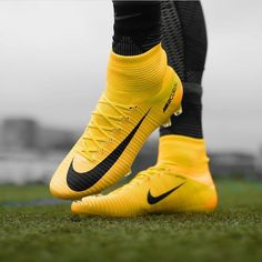 Nike Football Boots, Football Gear, Nike Boots, Best Soccer Cleats, Soccer Shoes, Souliers Nike, Nike Mercurial Superfly, Football Is Life, Designer Boots
