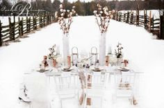 winter cotton tablescape   Winter cotton wedding   Nozze di cotone http://theproposalwedding.blogspot.it/ #cotton #wedding #winter #matrimonio #cotone #inverno