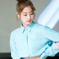 """I'm standing over a ledge not sure what to do to jump or not to jump? to let myself fall for you."" [#dahyun #다현 #sixteen #twice #트와이스 #once #jyp #jype #girlgroup #kpop #love #cute #eagle #f4f #likemore #nayeon #jihyo #sana #tzuyu #momo #jeongyeon #mina #chaeyoung #girl #selca #tbt #twicejjang #prettydahyun]"
