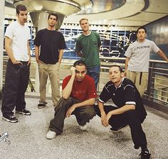 Linkin Park look at chester hand hmmmmm old lp pics
