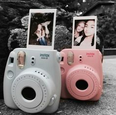 Polaroid picture ideas - Instax Camera - ideas of Instax Camera. Trending Instax Camera for sales. Polaroid Camera Pictures, Poloroid Camera, Polaroid Instax, Instax Mini Camera, Fuji Instax Mini, Fujifilm Instax Mini, Polaroids, Camara Fujifilm, Fuji Camera