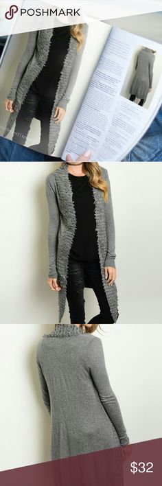 🌟Beautiful Gray Cardigan This long sleeve cardigan is a beauty. It comes with an open front and very soft. No zipper nor buttons. ✨Great for all occasions ✨Material: 55% NYLON 38% ACRYLIC 7% ANGORA ✨Firm Sweaters Cardigans