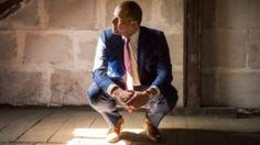 Image copyright                  Theo Francken                  Image caption                                      Immigration Minister Theo Francken posted an image on Facebook suggesting that his office had been stripped of furniture by bailiffs intervening in the row                                Belgium's immigration minister joked that bailiffs had re