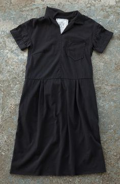 This month, we've adapted another Merchant & Mills garment pattern (we featured the Shirt Dress in January) and created it in our own style using Alabama Chanin techniques. Learn how to make an Alabama Chanin version of their Factory Dress in organic cotton jersey.
