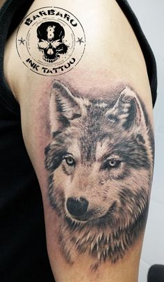 #tattoo #tattooist #tattooed #bestspaintattooartist #blackandgreytattoo #wolftattoo