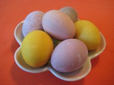 Recipe to naturally dye Easter eggs with things like turmeric and frozen blueberries. No more chemicals! (Sorry, Paas.)