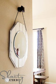 DIY Home Decorating.to customize your home, apartment, condo, or room with DIY accents. Do-it-yourself crafts that add fun touches to every room. Diy Wand, Mur Diy, Deco Champetre, Diy Mirror, Mirror Crafts, Mirror Ideas, Beach Mirror, Mirror Hanging, Mirror Inspiration