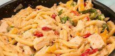 vagy Fajitas, Penne, Pasta Salad, Macaroni And Cheese, Ethnic Recipes, Food, Drinks, Food Food, Crab Pasta Salad
