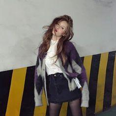 Grey Fashion, Korean Fashion, Autumn Fashion, Triple H, Kpop Outfits, Girl Outfits, Fashion Outfits, Hyuna Fashion, Kpop Fashion