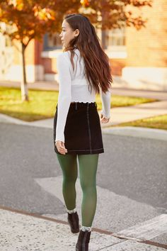 Bdg avery corduroy button-front mini skirt in 2019 sexy Rock Outfits, Skirt Outfits, Fall Outfits, Cute Outfits, Summer Outfits, Green Tights, Colored Tights, Opaque Tights, Urban Outfitters