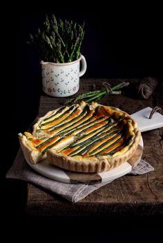 Quiche ai formaggi con asparagi  http://farinalievitoefantasia.it/torte-salate-e-prodotti-da-forno/quiche-ai-formaggi-con-asparagi.html