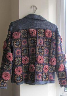 "Letras e Artes da Lalá: casaco de crochê ""COMMENT crochet jacket granny squares with knitted yoke & collar"", ""granny square cardigan idea - no pattern"", Crochet Bolero, Pull Crochet, Mode Crochet, Crochet Jacket, Crochet Cardigan, Knit Or Crochet, Crochet Motif, Crochet Patterns, Crochet Birds"