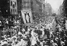 """Suffragette demonstration w. women carrying wands tipped with silver broad-arrows and banner """"From Prison to Citizenship"""", each of 617 arrows representing a conviction of a Suffragette. Location: London, United Kingdom Date taken: March 1910 London History, British History, History Major, American History, Les Suffragettes, Suffrage Movement, Brave Women, Old London, Women In History"""