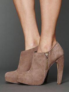 Dakota Heel Bootie