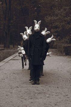 Creepy Scary Rabbit Mask, Burlap Scarecrow Zombie Easter Bunny Adult Halloween Costume, Killer Animal Horror Mask for Masquerade Art Noir, Arte Obscura, Bizarre, Dark Photography, Photography Articles, Photography Gallery, National Photography, Creepy Photography, Horror Photography