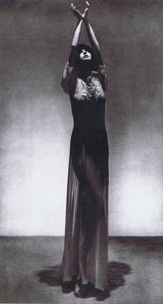 UT PICTURA POESIS — Man Ray - Peggy Guggenheim (gown by Paul Poiret)....