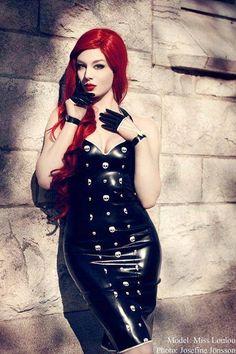 Model: Miss Loulou * goth, goth girl, goth fashion, goth makeup, goth beauty, dark beauty, gothic, gothic fashion, gothic beauty, sexy goth, alternative models, gothicandamazing, gothic and amazing, готы, готическая мода, готические модели, альтернативные модели